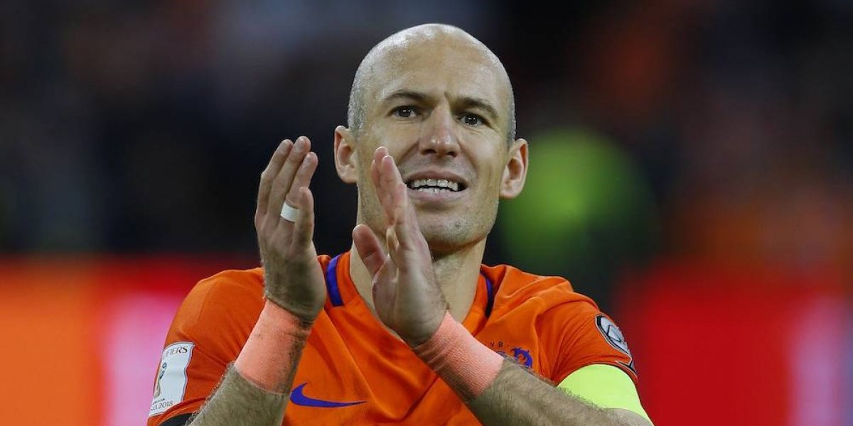 Arjen Robben se retira de la 'naranja mecánica'