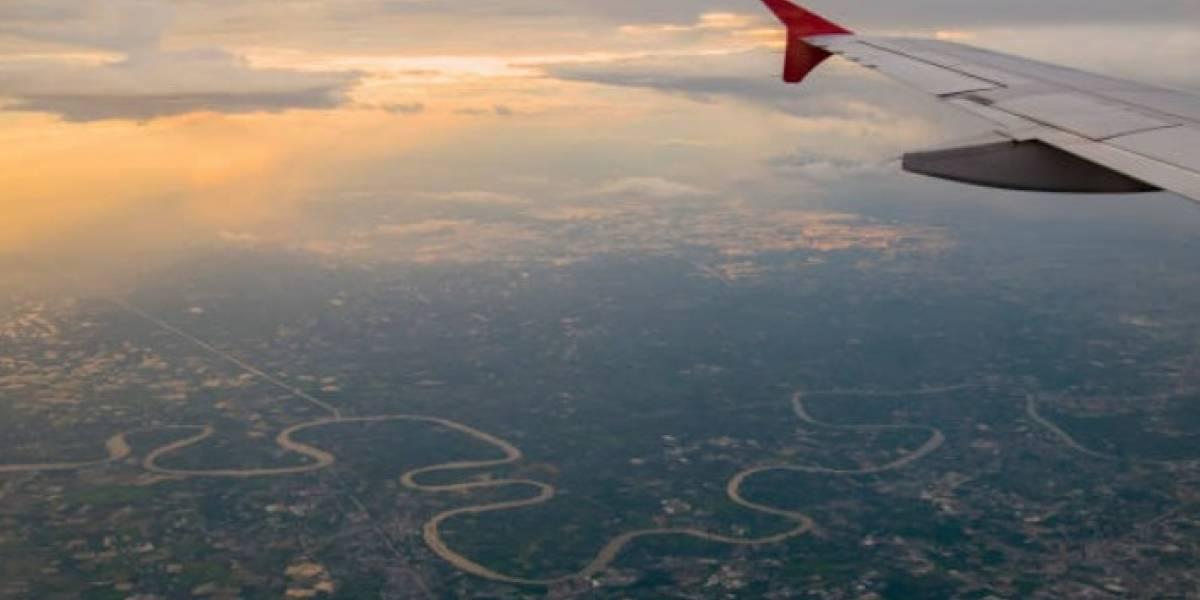 Difunden imágenes fantásticas durante un vuelo en avión