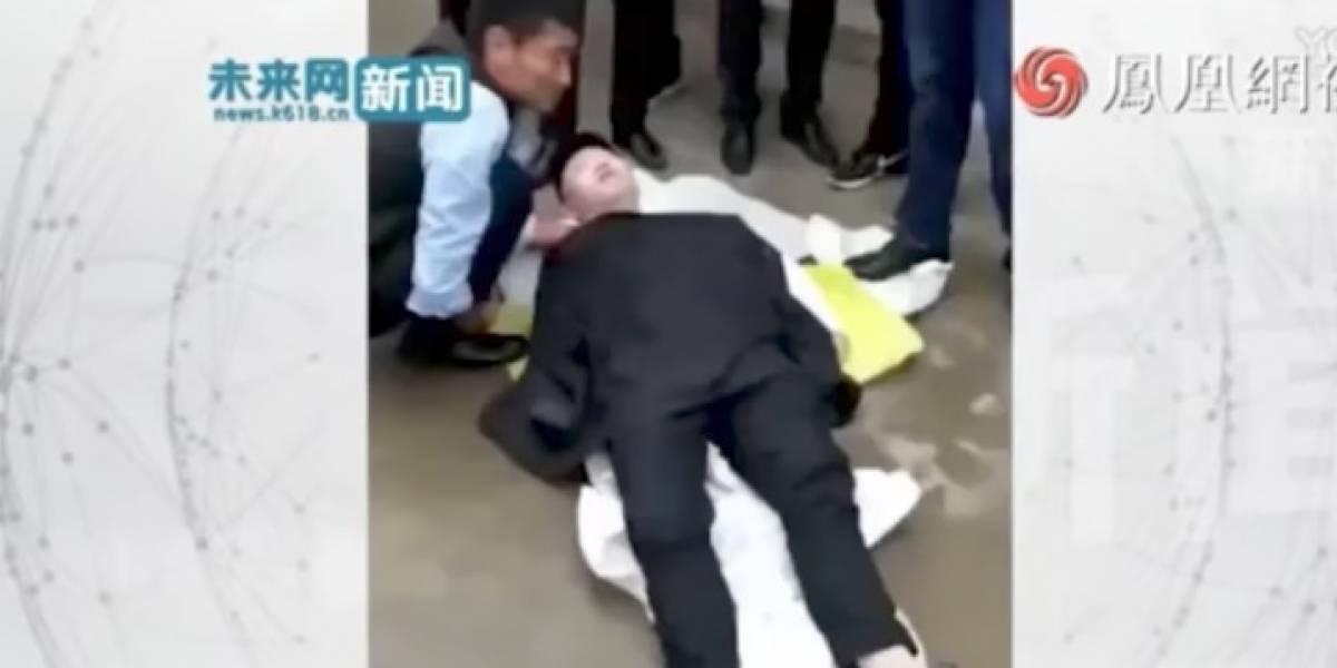 VIDEO: Hombre queda en coma tras una broma nupcial en China