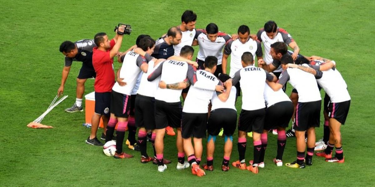 """""""Chivas no merece este torneo"""", asegura Carlos Salcido"""