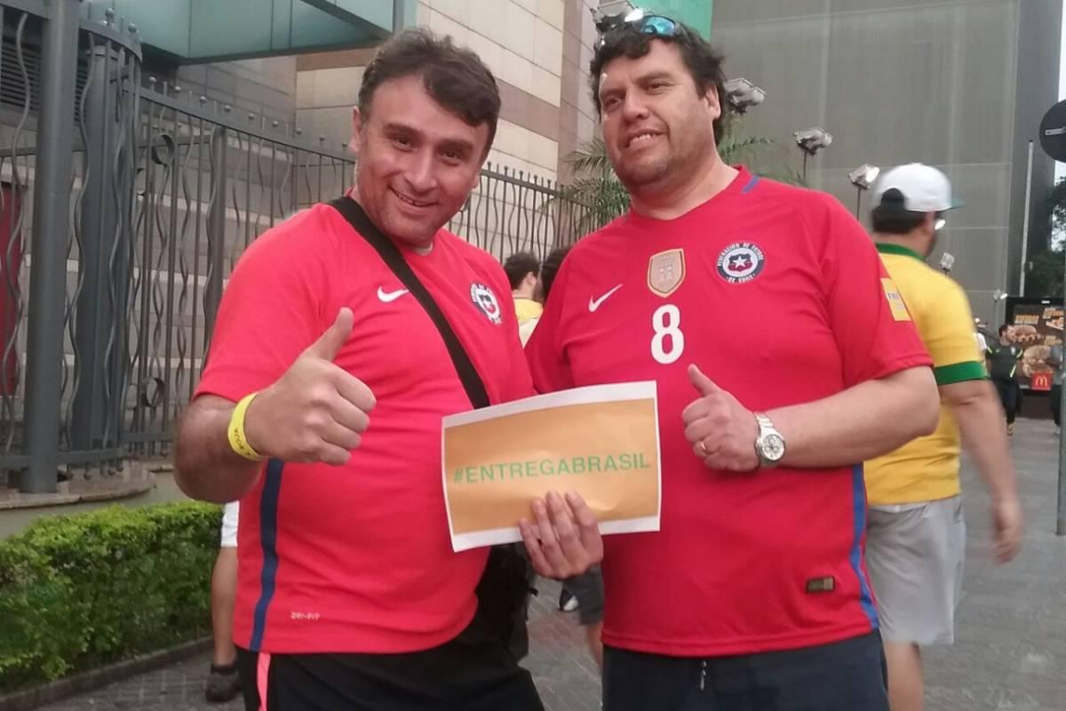 Los chilenos con el #EntregaBrasil - Crédito de Pablo Bardehle