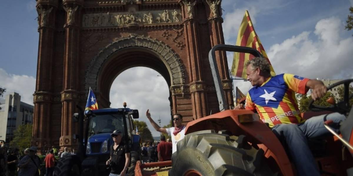 España lanza ultimátum a Puigdemont para que renuncie a la independencia