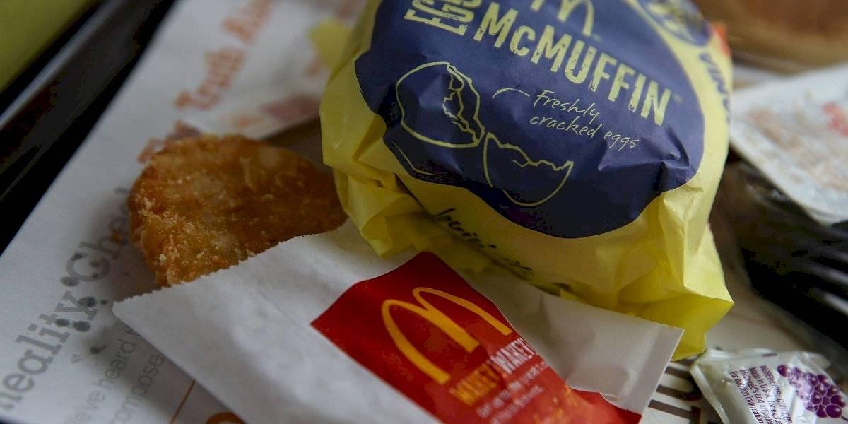 Despiden a director de McDonald's por mantener relación con empleada