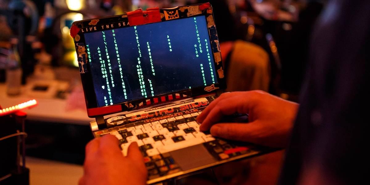 Qual dispositivo da sua casa está mais vulnerável a um ataque hacker?
