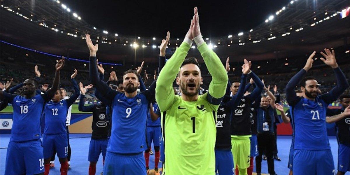 Francia vence a Bielorrusia y toma el vuelo directo a Rusia