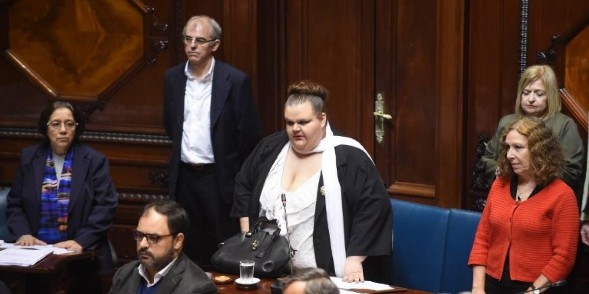 Asume senadora transexual por primera vez en la historia de Uruguay