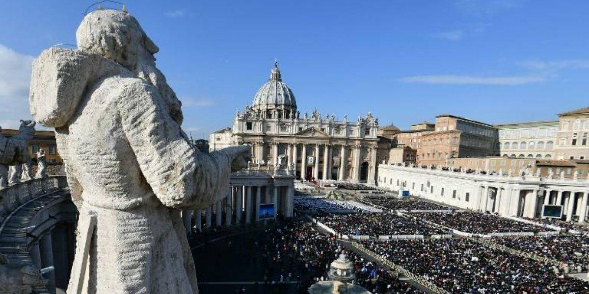 Banco vaticano inicia acciones legales acusando daños en inversiones