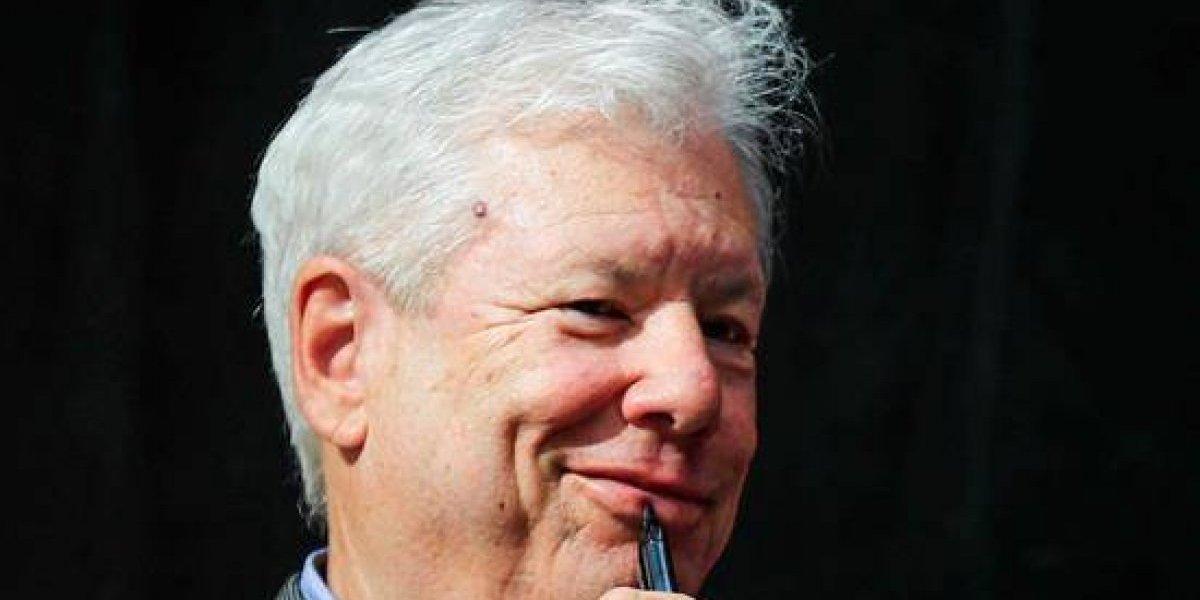 """Nobel de Economía bromea y dice que gastará su premio de forma """"irracional"""""""
