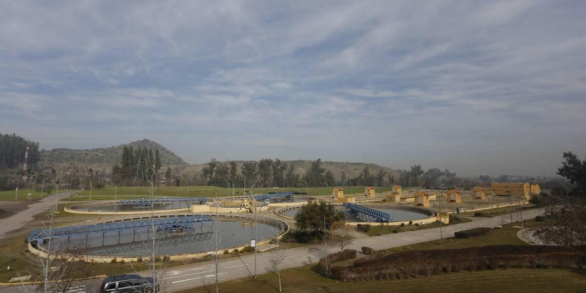 Dan luz verde a proyecto que aumenta reservas de agua potable de Santiago para emergencias climáticas