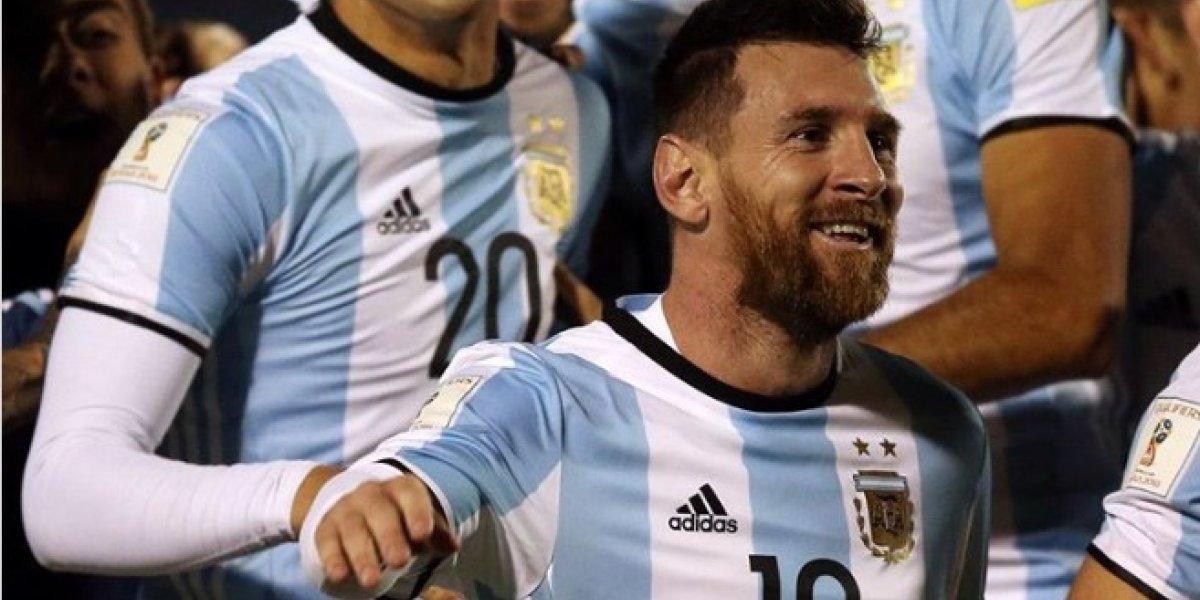 Diego Maradona se sumó a la Messimanía en Argentina