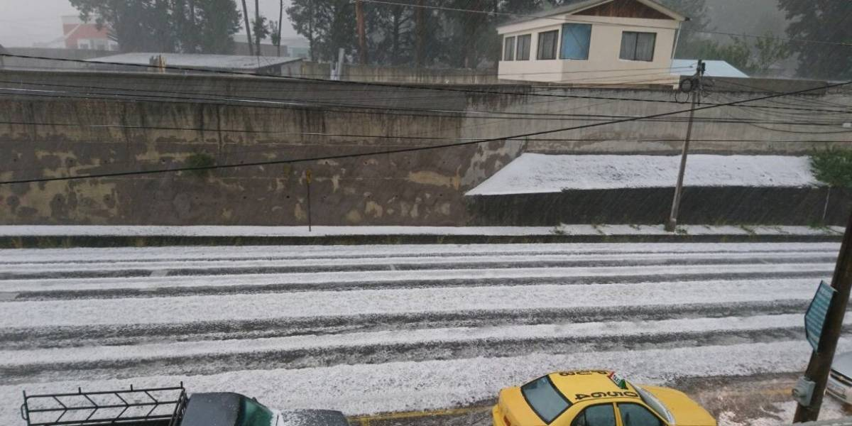 Se registró presencia de granizo en Sangolquí