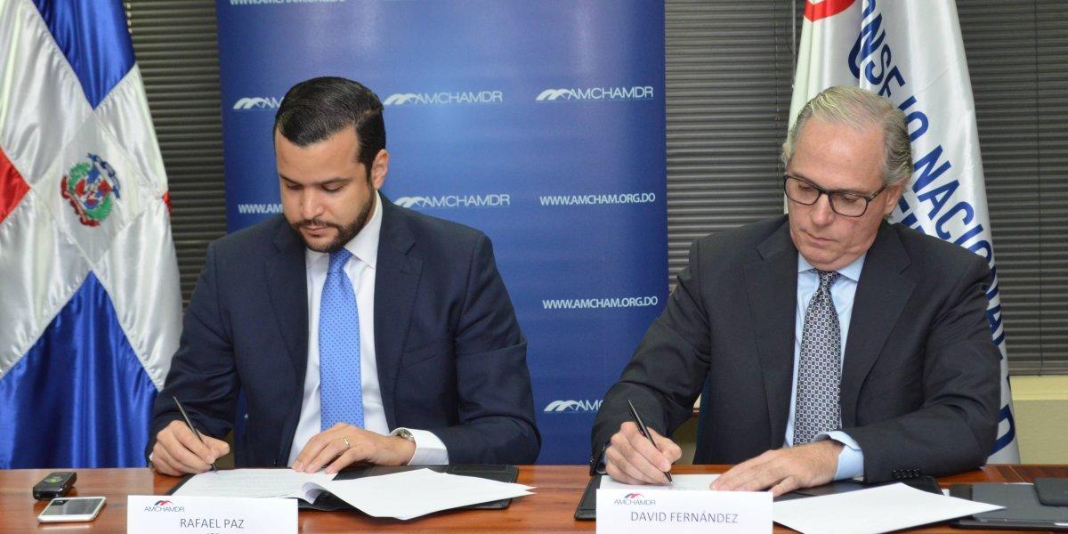 COMPETITIVIDAD y AMCHAMDR firman acuerdo para elaborar la política de innovación nacional