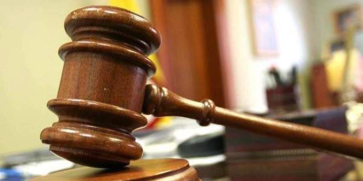 Condenan a 15 años de prisión a un hombre acusado de explotar sexualmente a hijastra adolescente