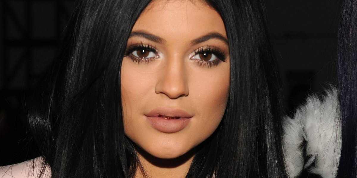 Kylie Jenner da pistas del sexo de su bebé