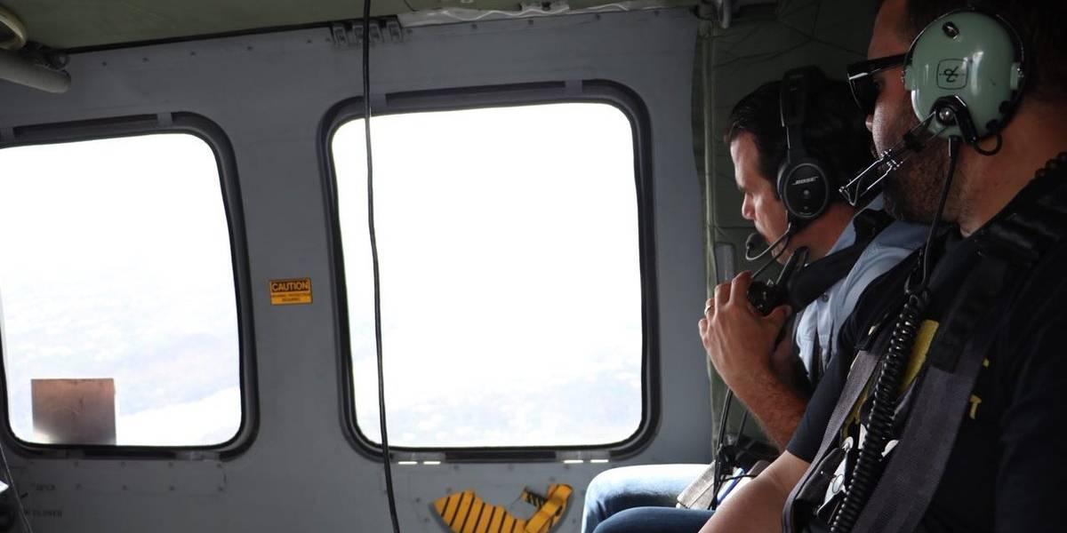 Rosselló y Molusco entregan suministros en Moca