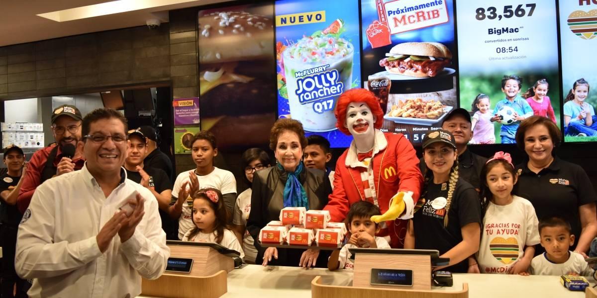 El McDía Feliz arrancó con la primera compra de mil Big Mac