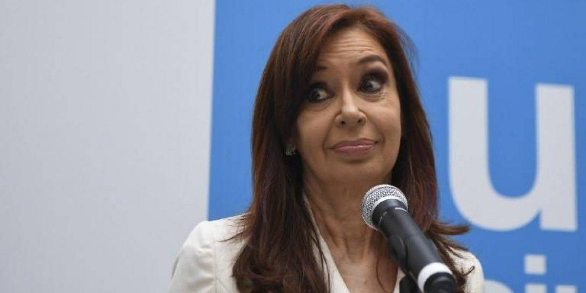 """Cristina Fernández rechaza acusación de lavado de dinero y la califica de """"persecución judicial"""" ordenada por Macri"""