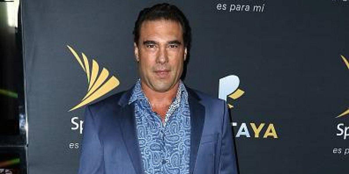 Actor Eduardo Yáñez enfurece golpea a periodista frente a las cámaras