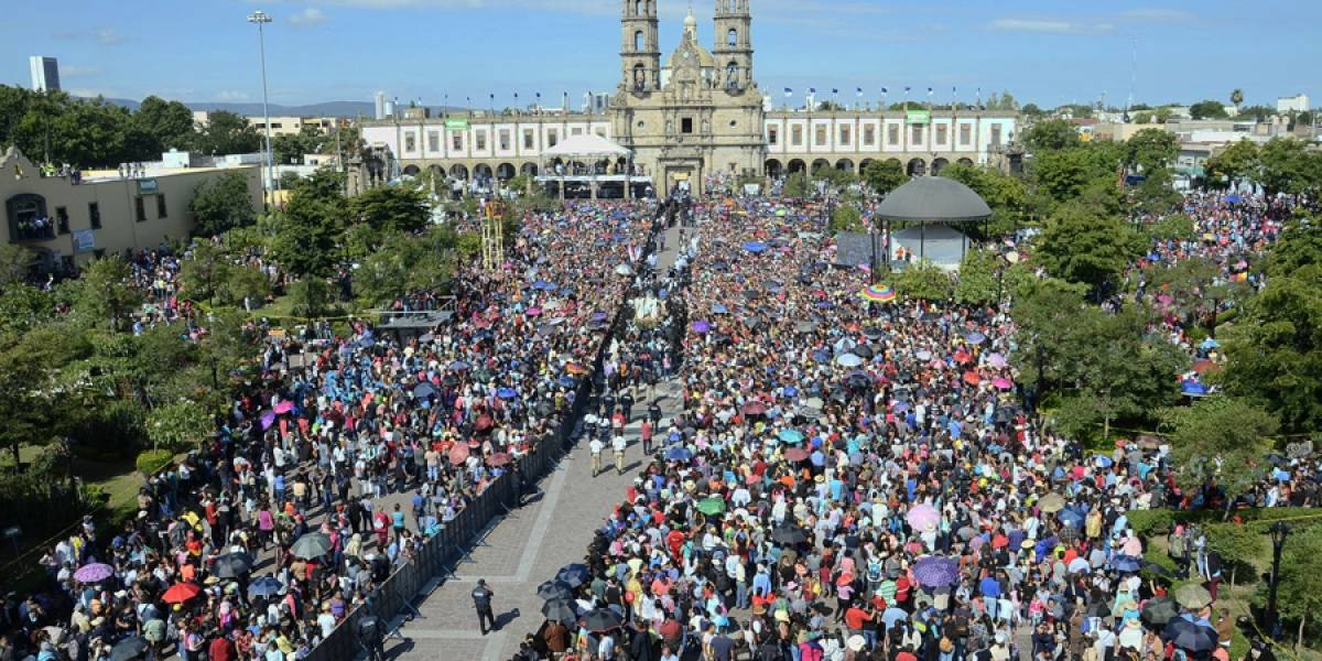 Participan 1.8 millones de personas en la Romería