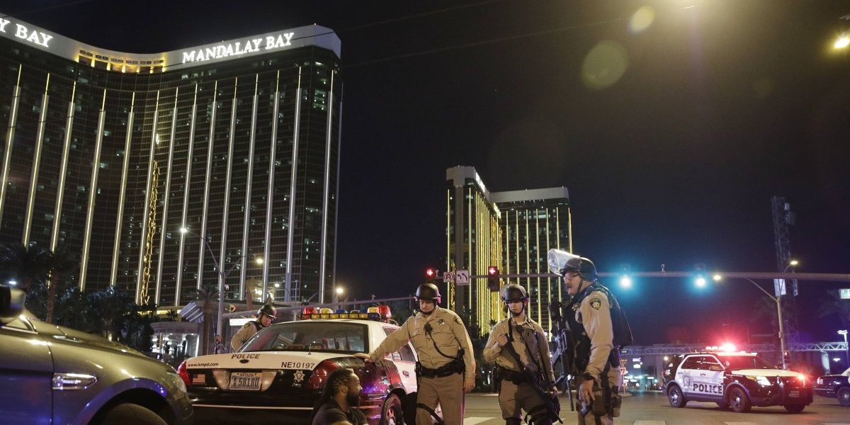 Sobreviviente de matanza en Las Vegas demanda a hotel