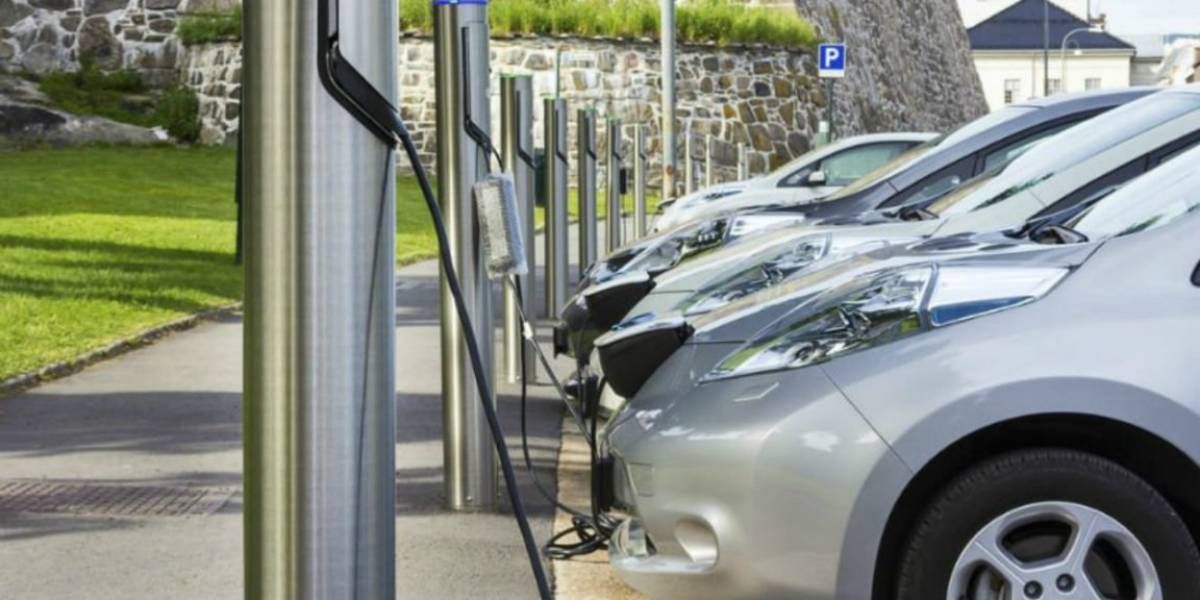 Paso firme de autos híbridos y eléctricos en Jalisco