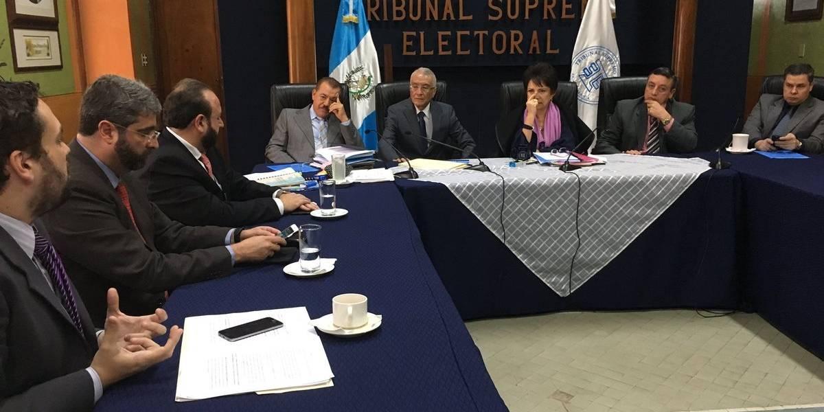 CACIF le entrega al TSE propuesta de reformas a la Ley Electoral