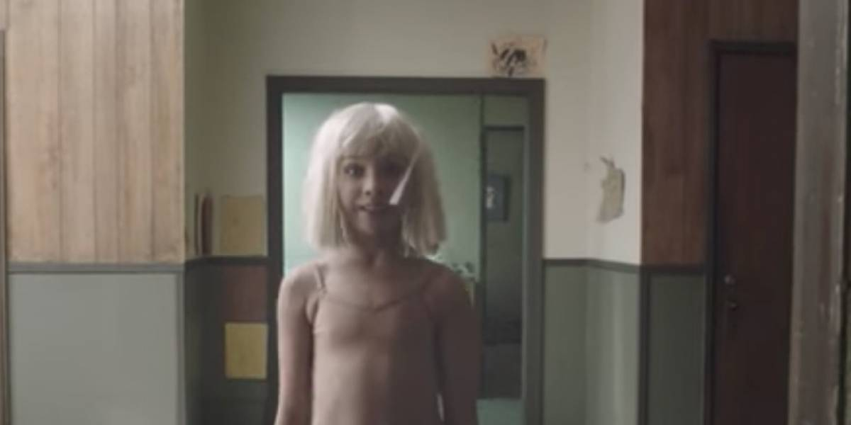 Así luce ahora la niña bailarina de los vídeos de Sia
