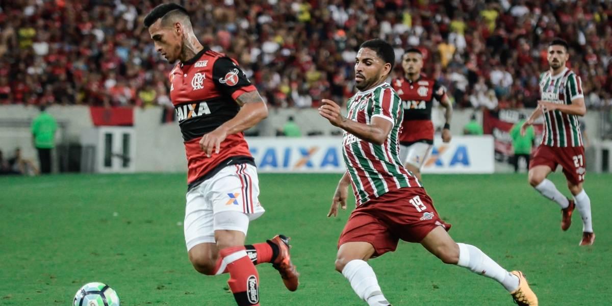 Com gol contra bizarro de Pará, Flamengo e Fluminense empatam no Maracanã