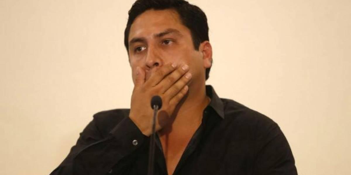 Julión Álvarez dice que la fortaleza y la paciencia lo sacan adelante