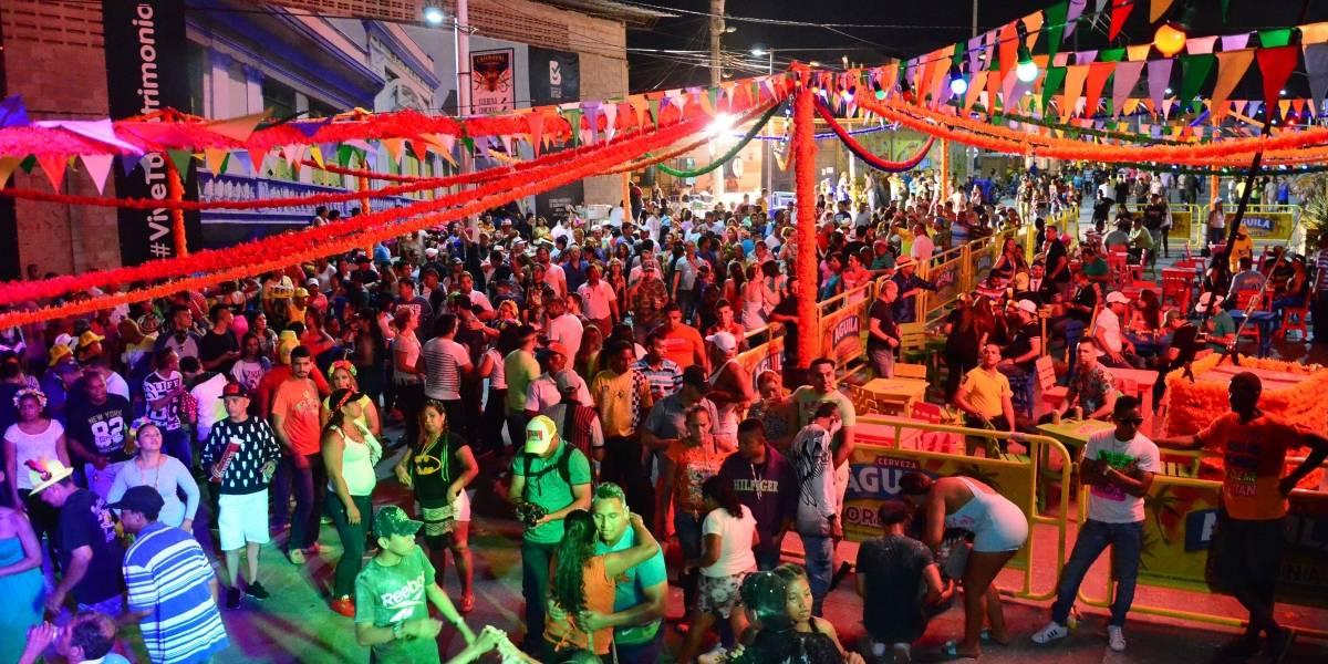 Par Vial de la carrera 50: Escape para el arte y el tráfico del centro de Barranquilla