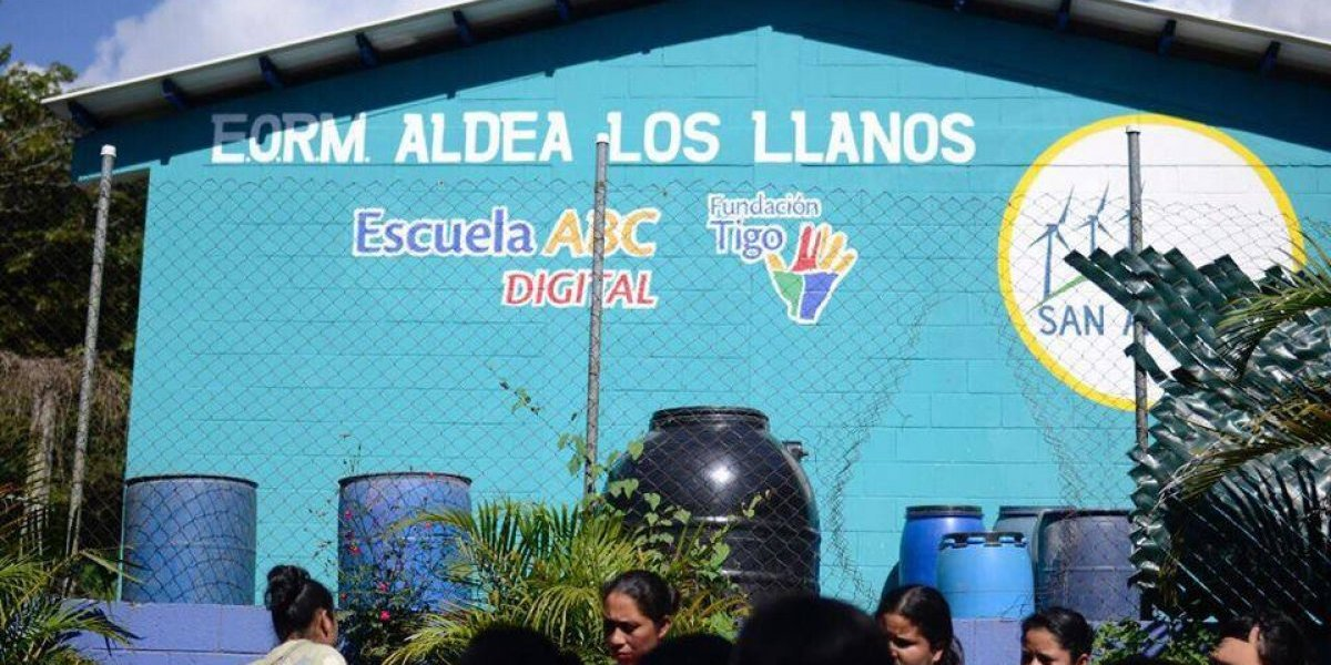 Ladrones saquean escuela en Los Llanos, Villa Canales
