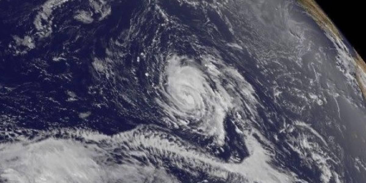 Huracán Ophelia avanza hacia noreste en el Atlántico