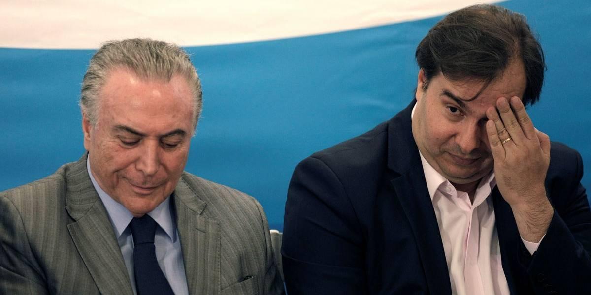 Michel Temer e Rodrigo Maia discutem Reforma da Previdência no Alvorada