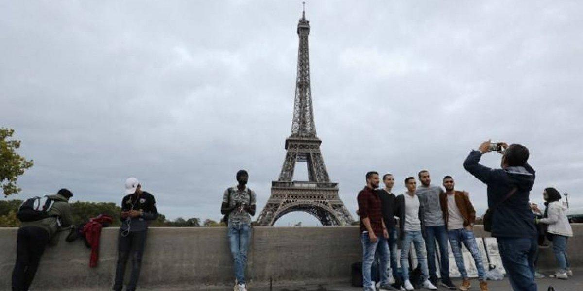 El turismo en París remonta pero no recupera las cifras anteriores a atentados