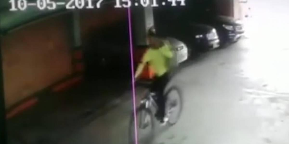 Video: En cinco segundos se roban bicicletas dentro de parqueaderos en Bogotá