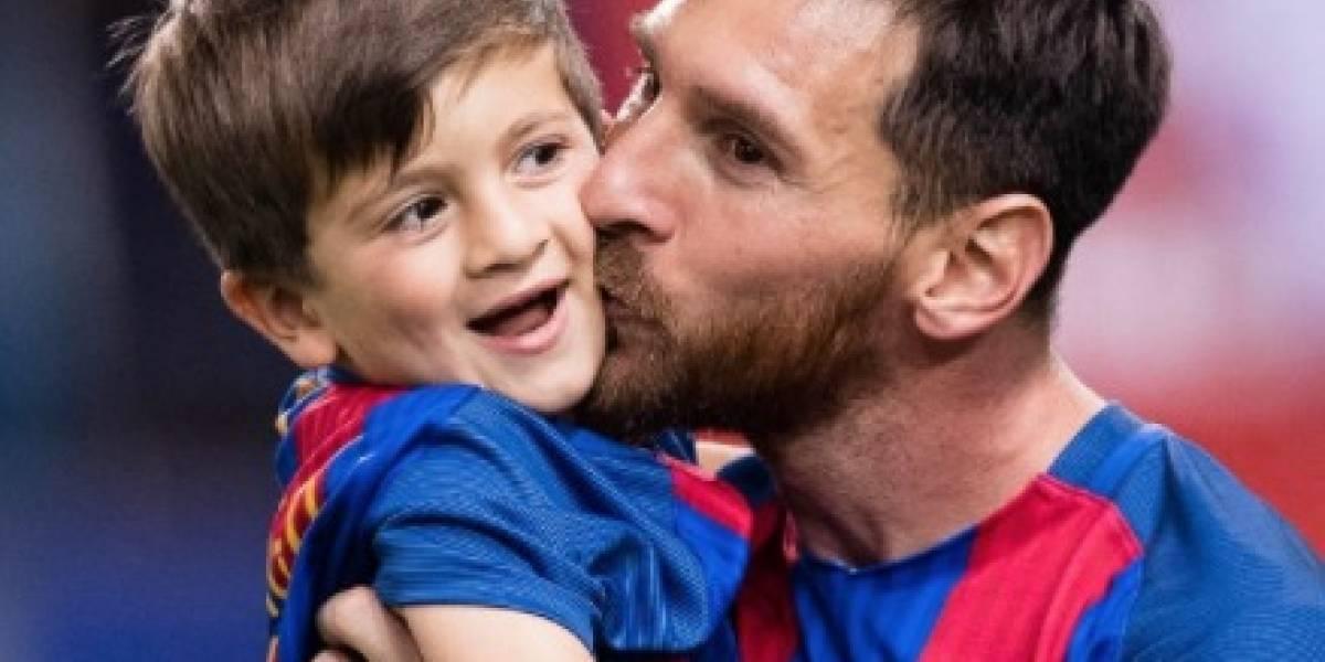Así fue recibido Messi por su hijo en España