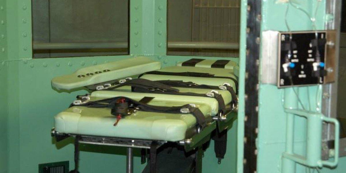 """Posponen ejecución de condenado a muerte luego de que no pudieran """"encontrar"""" las venas para administrarle la inyección letal"""