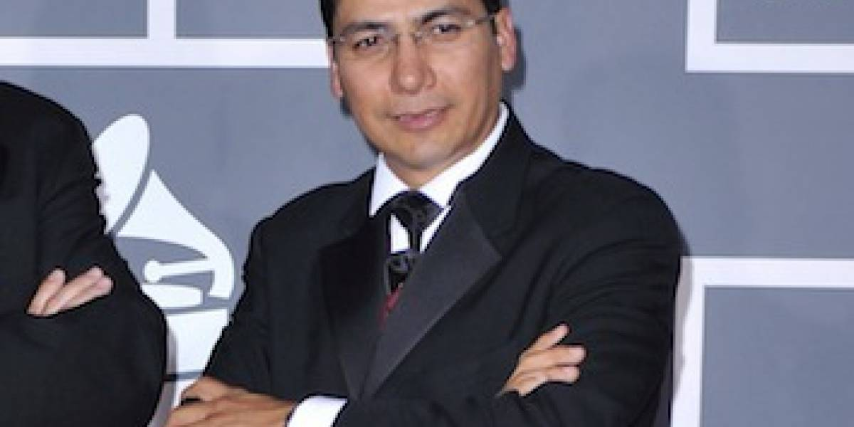 Matan cantante mexicano en su casa