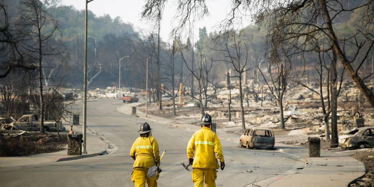 Infierno en California: Incendios forestales suman 40 víctimas fatales y 100.000 personas evacuadas