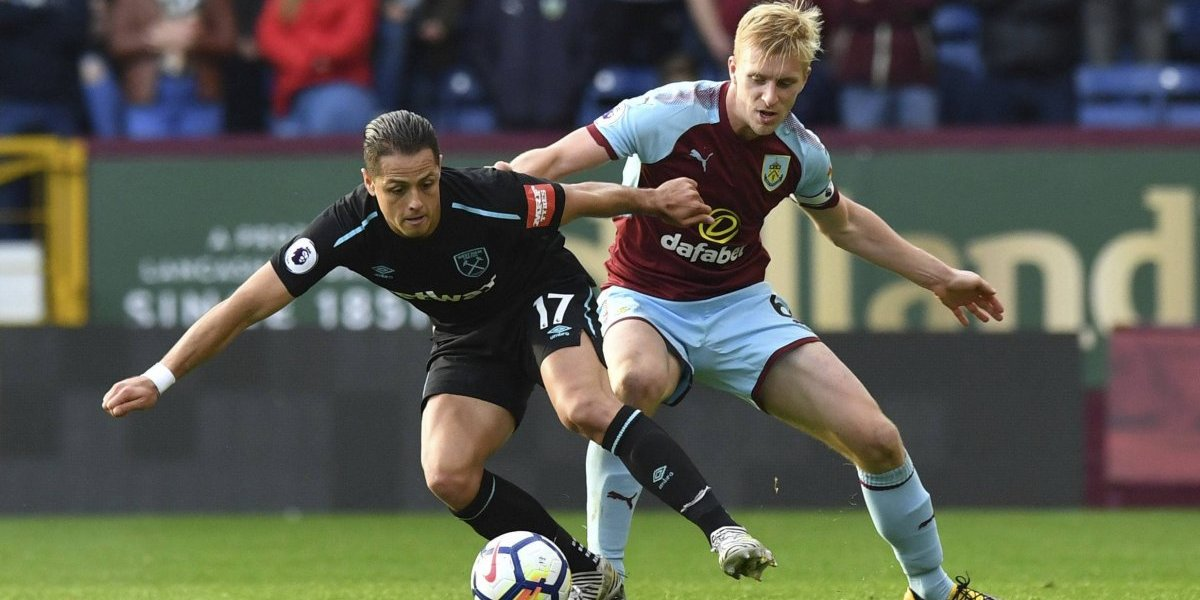 'Chicharito' Hernández sale y Burnley empata al West Ham