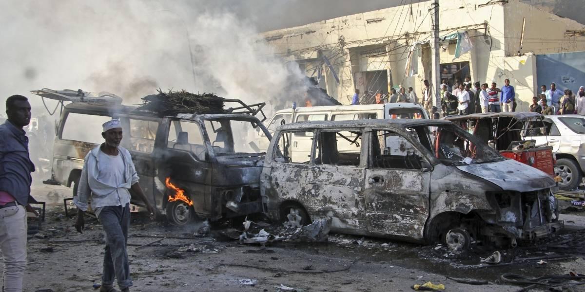 Al menos 30 muertos por atentado terrorista en Somalia; usaron camiones bomba