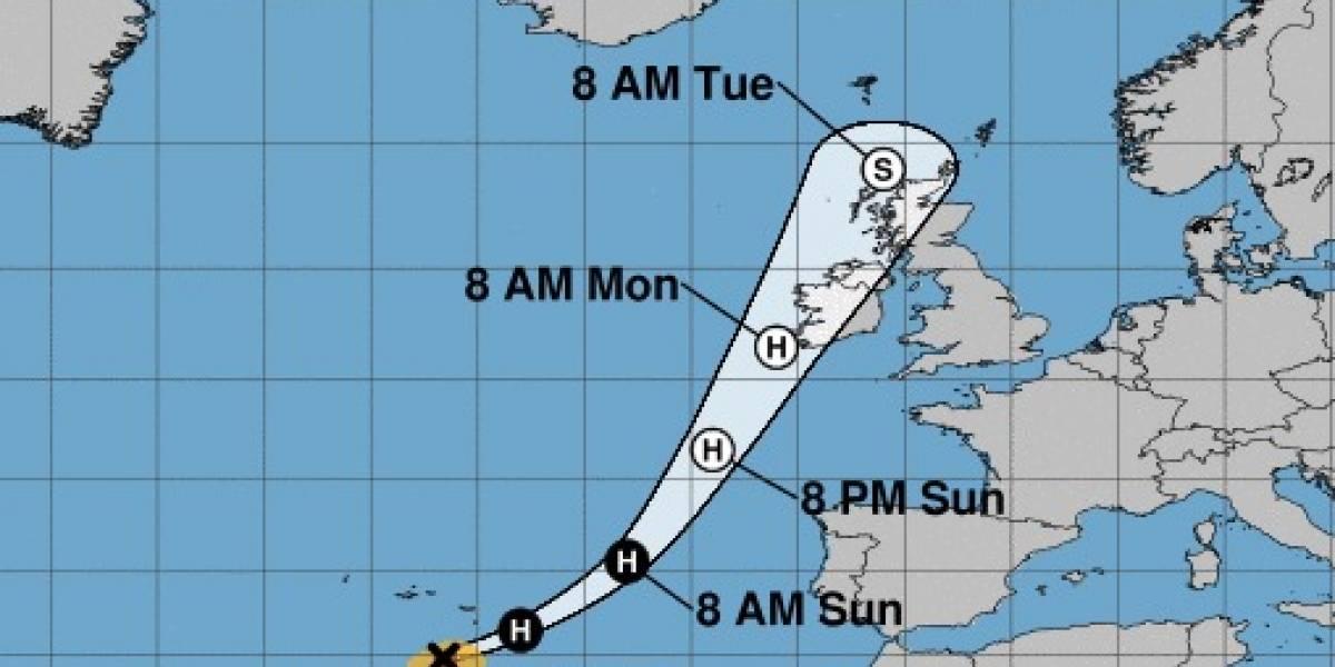 Irlanda y Reino Unido se preparan para el huracán 'Ophelia', categoría 3