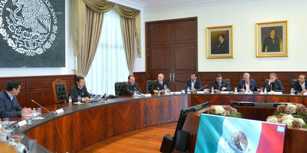 EPN se reúne con el gabinete para evaluar avances de reconstrucción