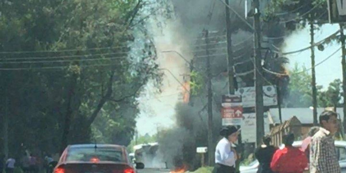 Al menos un muerto y diez lesionados en explosión de camión en Calera de Tango