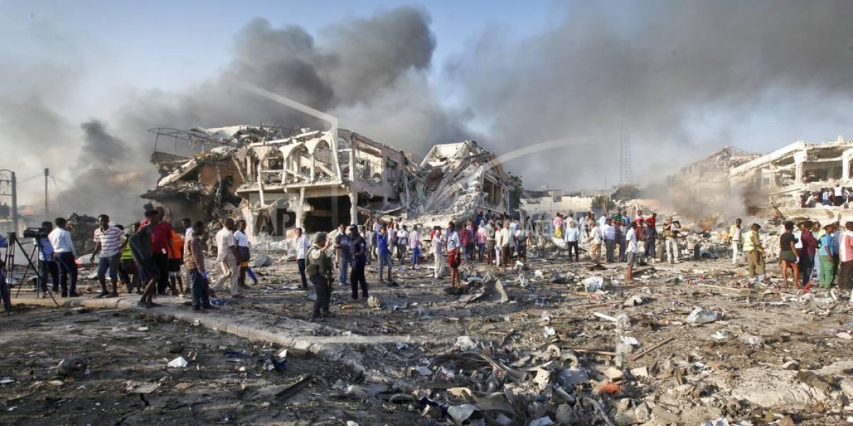 Elevan a 215 número de muertos por atentado en Somalia