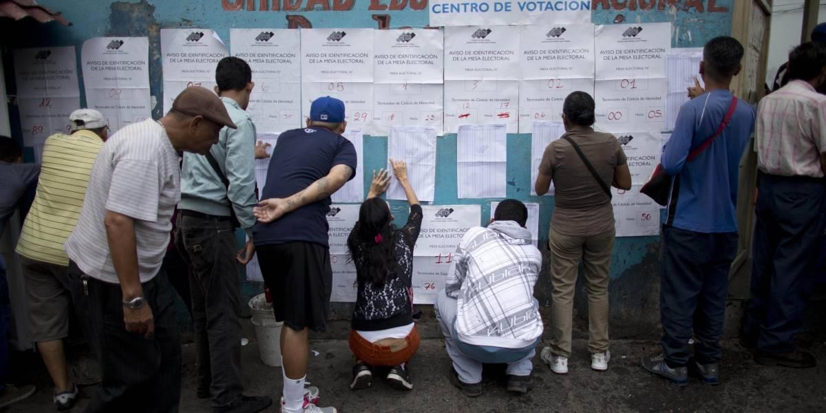 Venezolanos eligen este domingo a 23 gobernadores en medio de crisis política