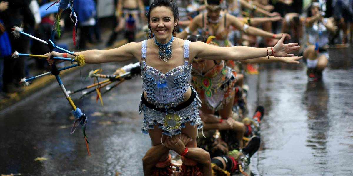 La fiesta ciudadana que se tomará la Alameda — Santiago es Carnaval
