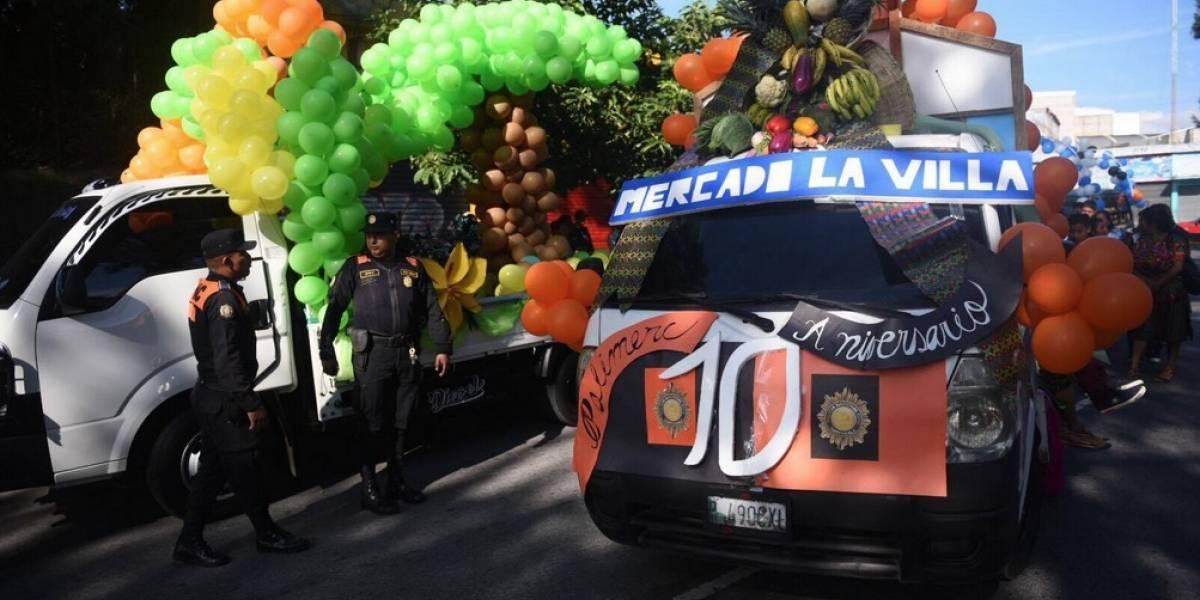 Inquilinos celebran aniversario de la Policía de Mercados