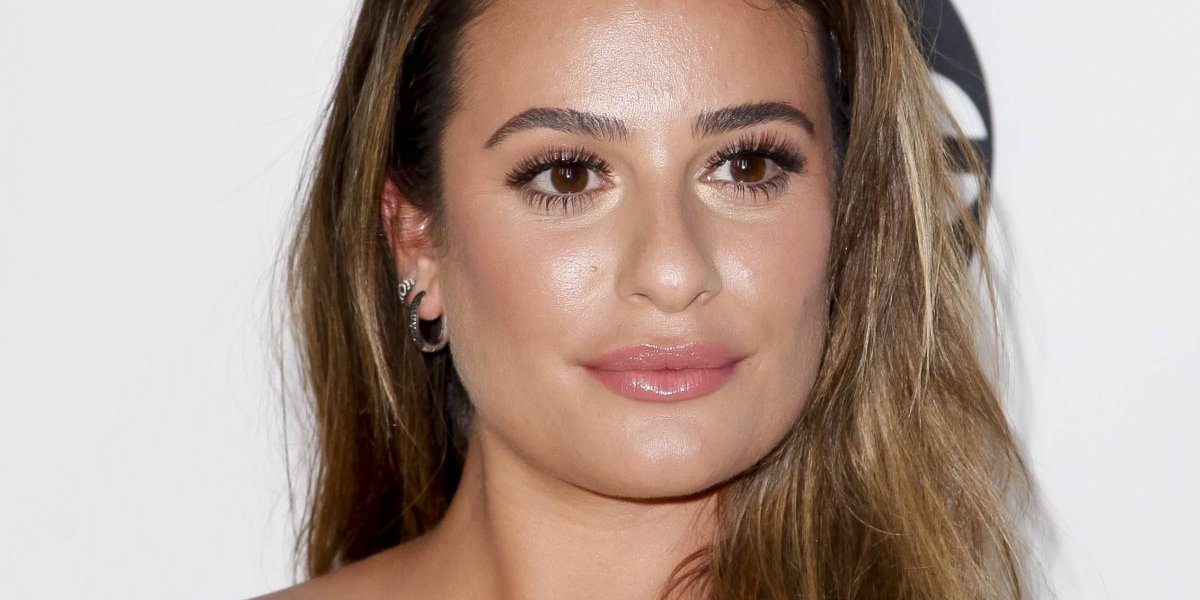 FOTO. El sexy topless de Lea Michele en la cama