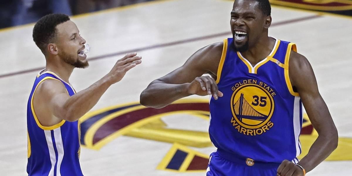 Warriors buscan su tercer título